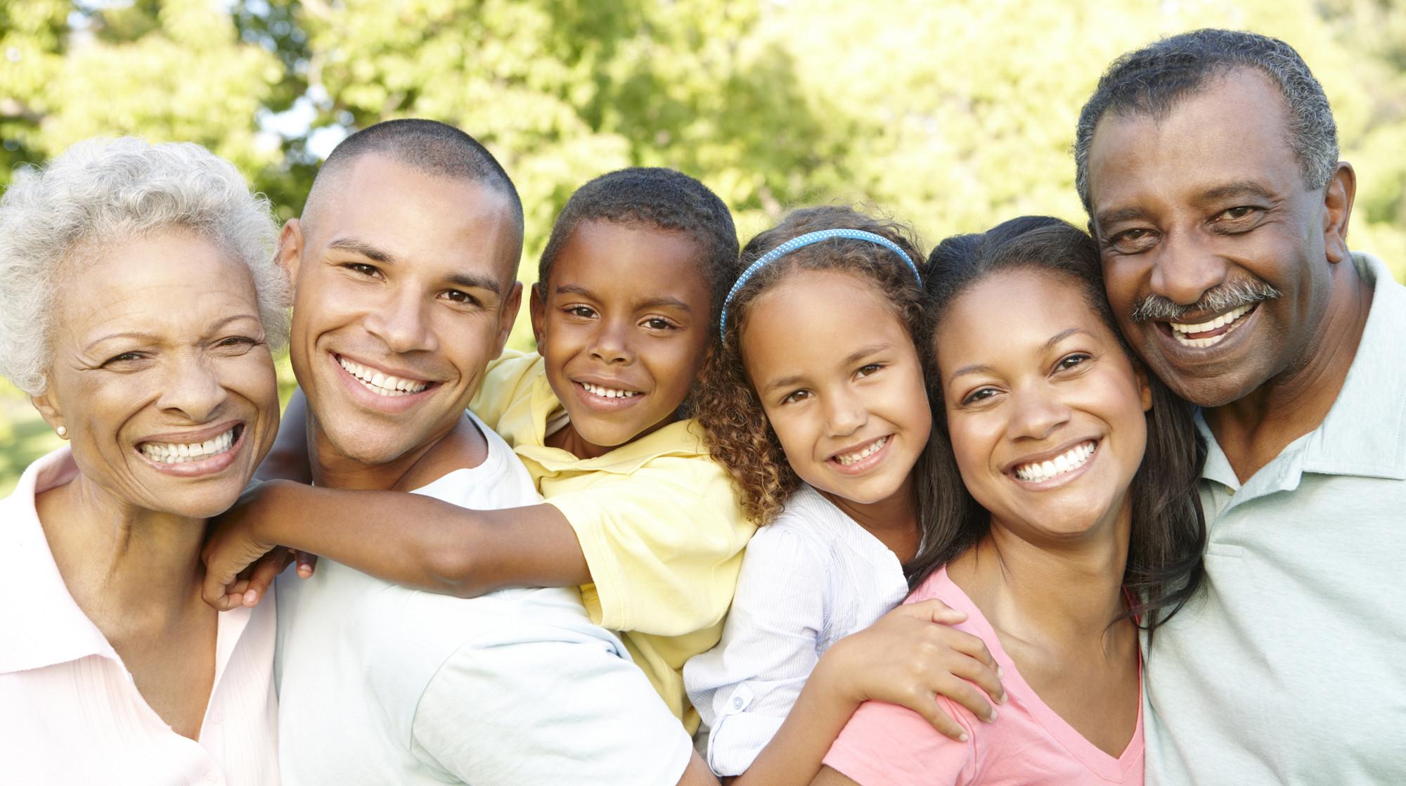 cropped-family1.jpg